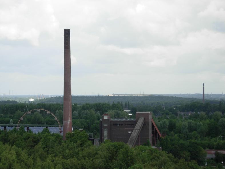 Utsikt över det idag så skönt gröna Världsarvet Zeche Zollverein i Essen.