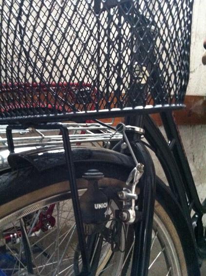 Cykel med generator för belysning...än så länge.