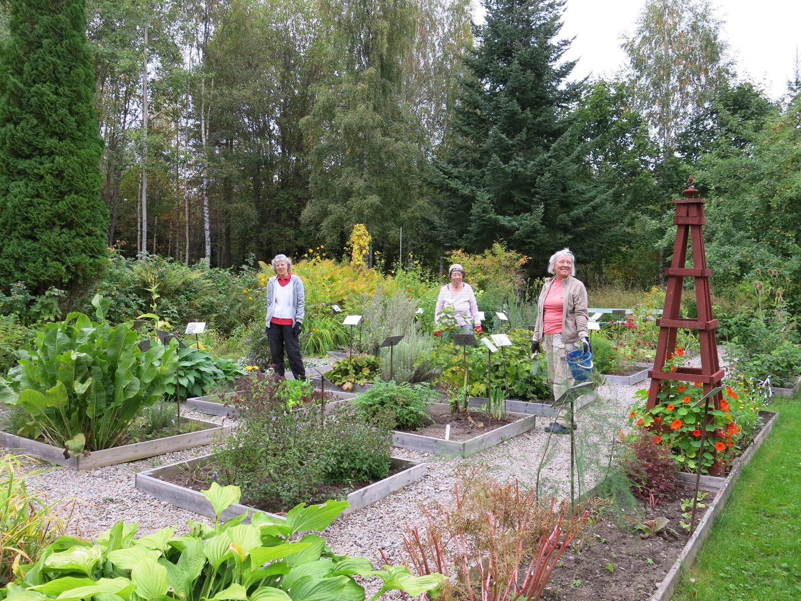 Trädgårdsarbete på Karlberg
